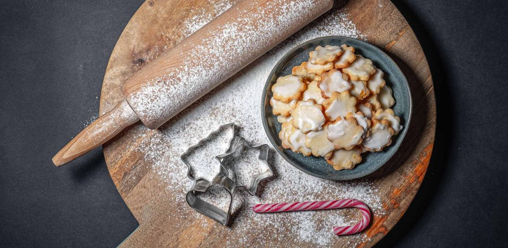 Weihnachtsplätzchen zubereiten